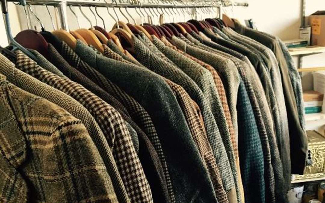 08/19- 08/20- Green Lake Quality & Vintage HUGE Mens Clothing, Books and Furnishings TONS PACKED