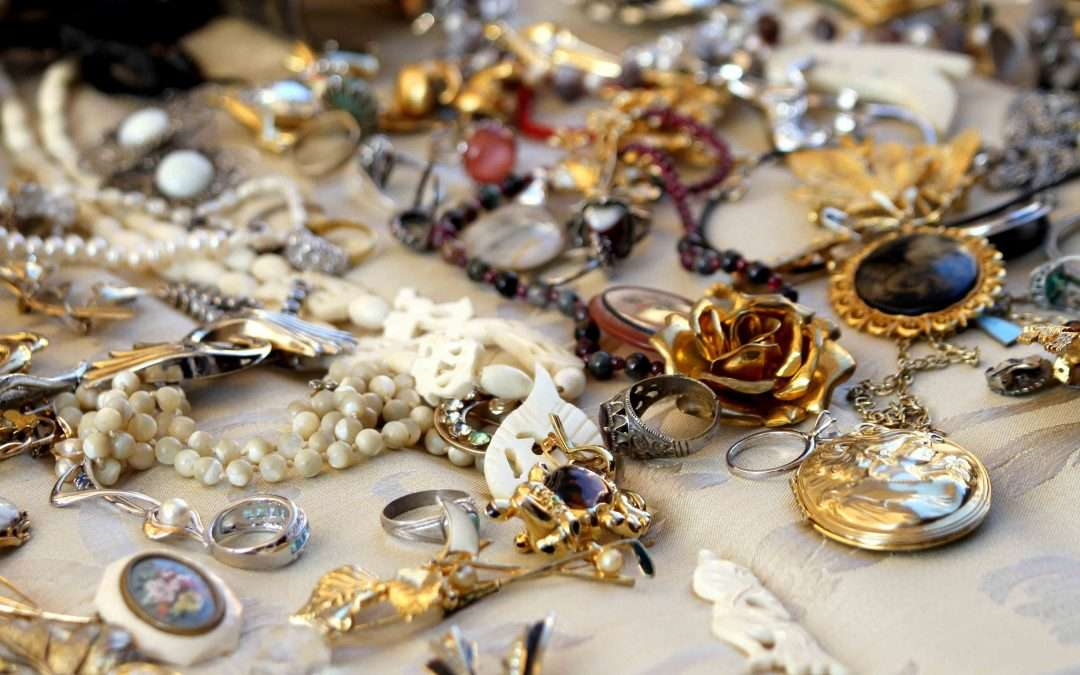 What's the Difference Between Antique and Vintage Jewelry Appraisal